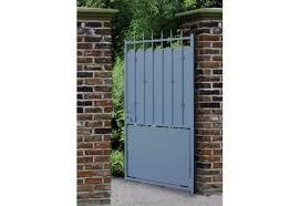 Quel est l'intérêt d'un portillon en aluminium ?