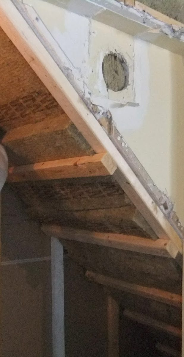 comment isoler un escalier en bois