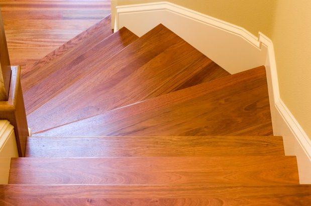 comment lasurer un escalier