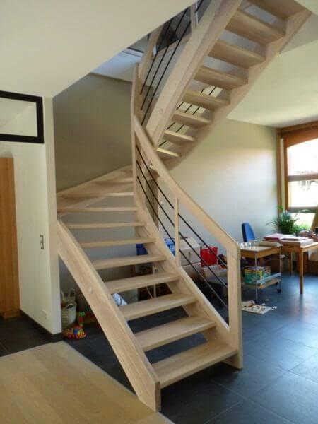 comment fabriquer un escalier en bois quart tournant