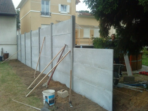 comment installer cloture beton